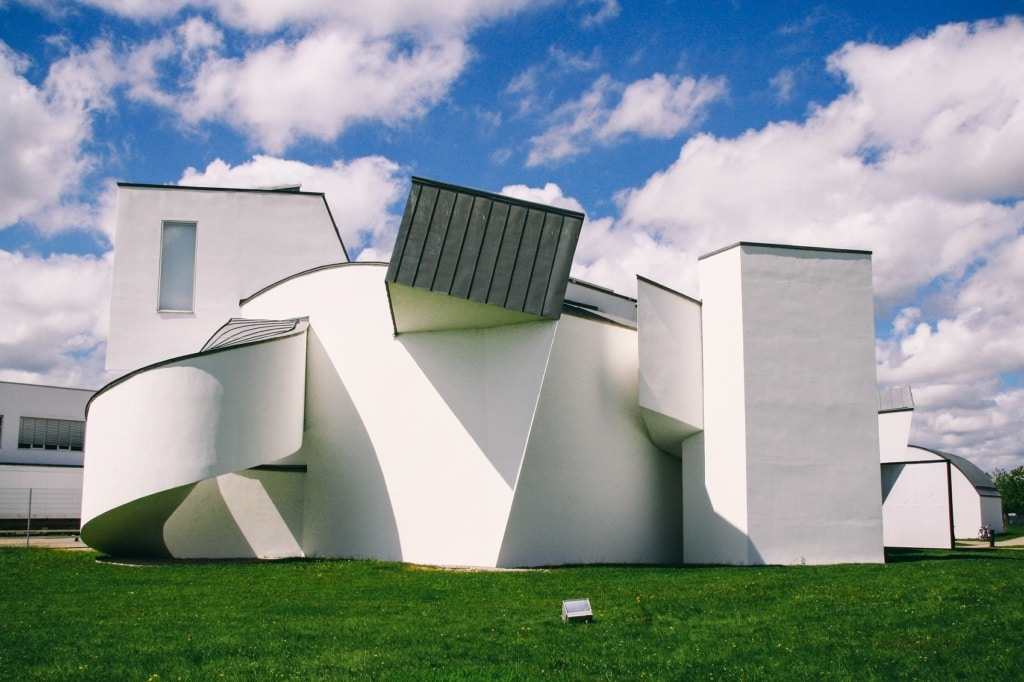 Das Vitra Design Museum in Weil am Rhein zählt zu den coolsten Design-Museen der Welt.