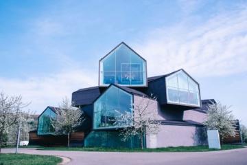 Das Vitra Museum in Weil am Rhein ist eines der coolsten Design-Museen der Welt.