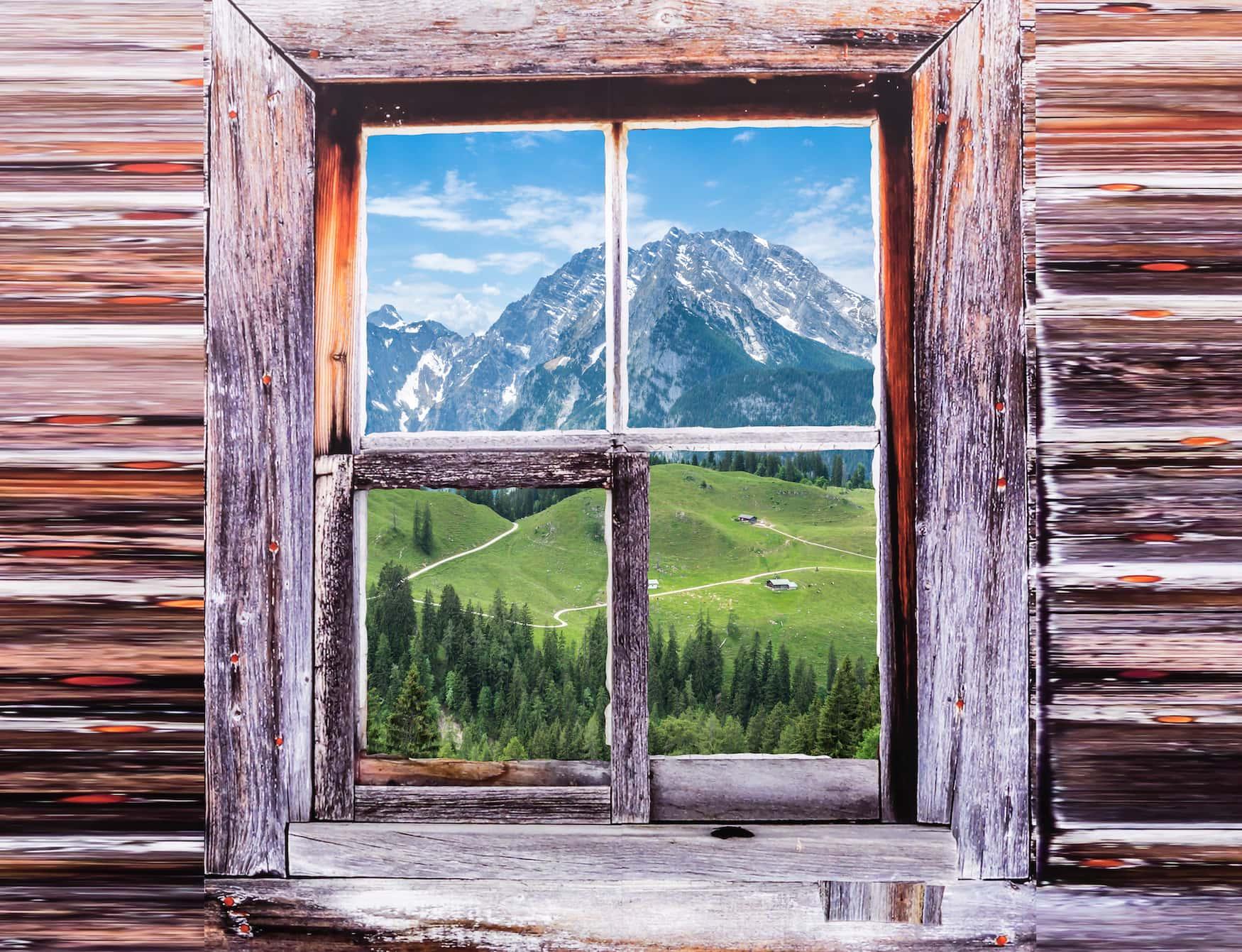 Blick auf den Watzmann von einer Berghütte aus