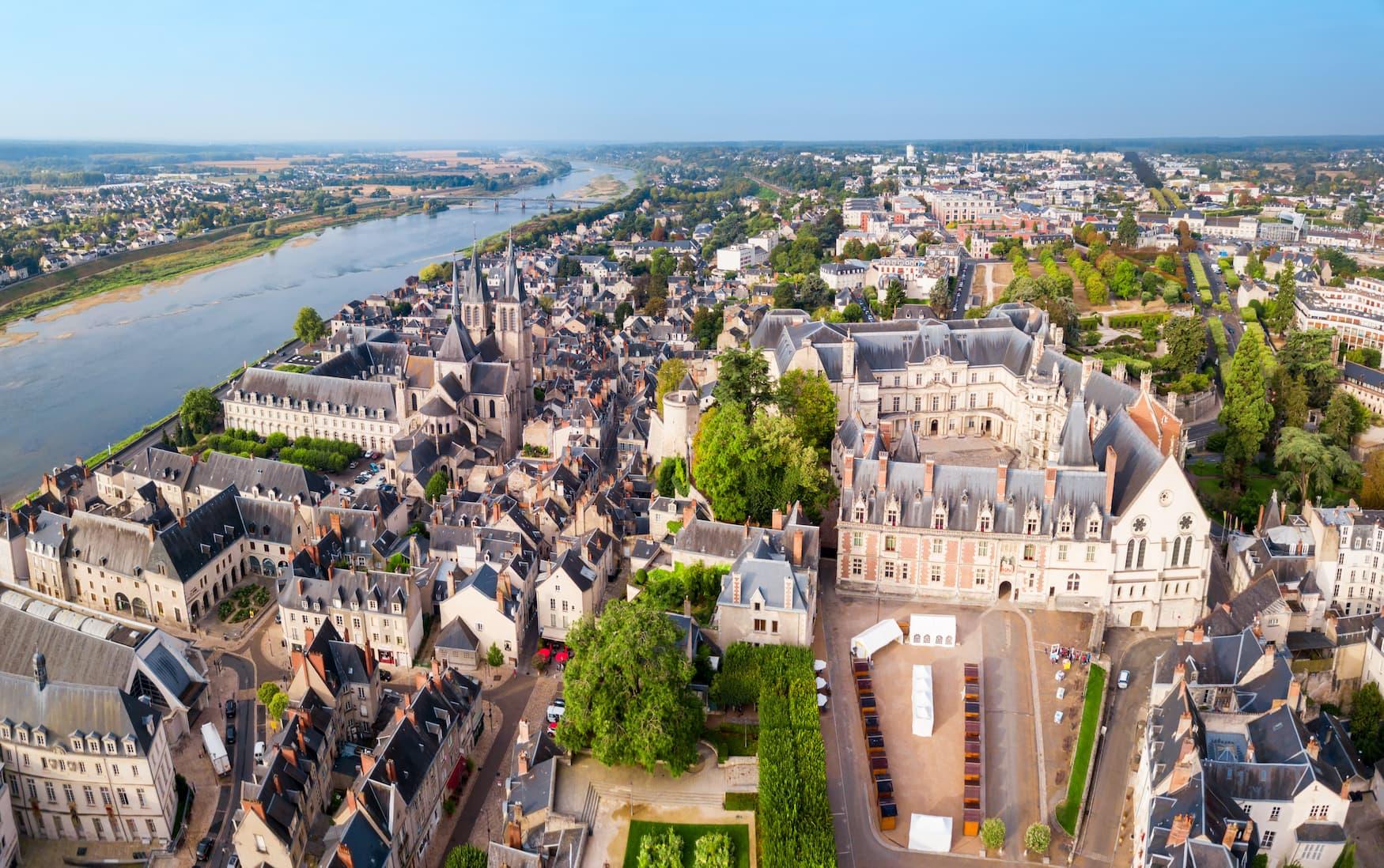 Eines der schönsten Schlösser an der Loire ist das Königsschloss Blois