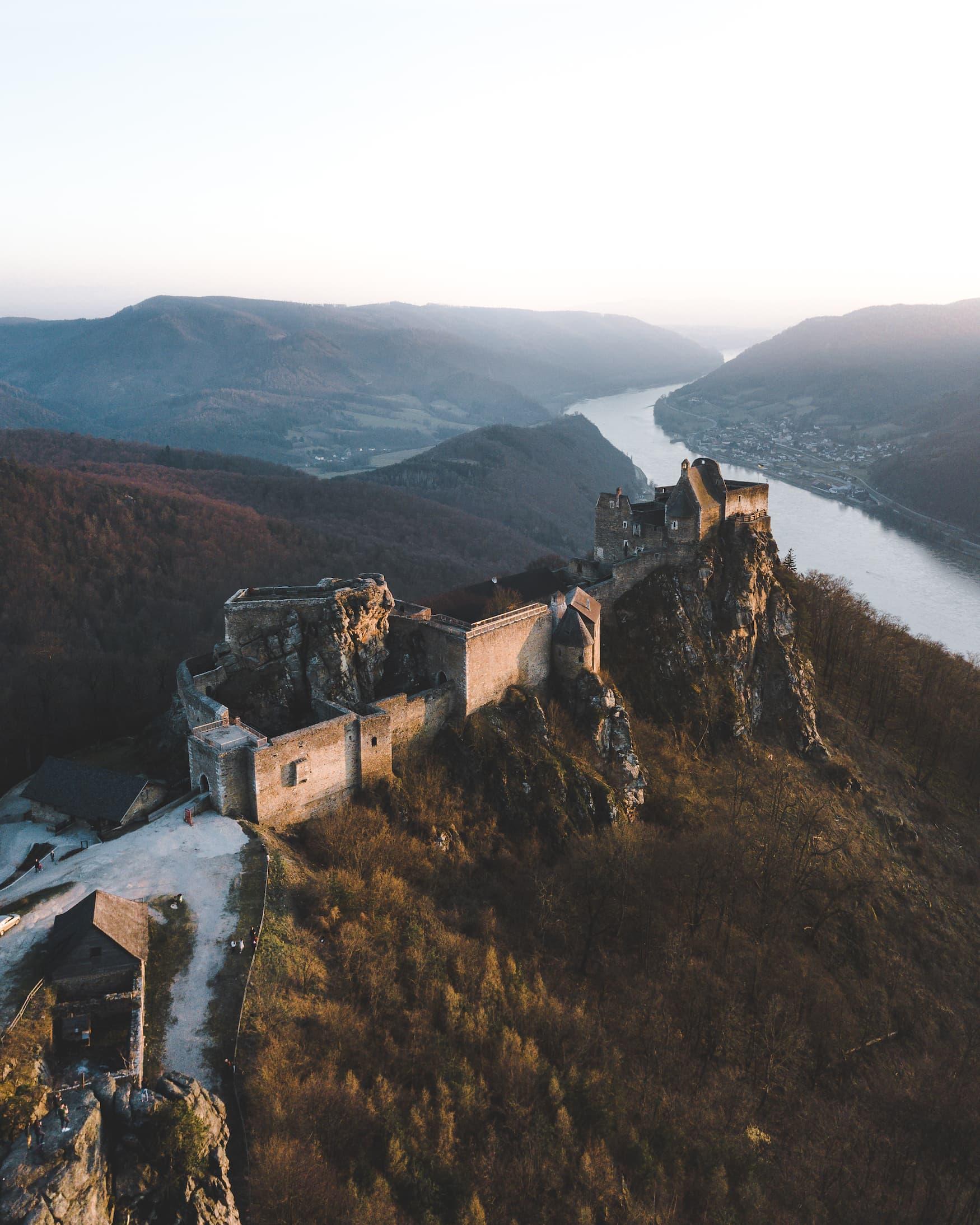 Blick auf die Burgruine Aggstein in Niederösterreich