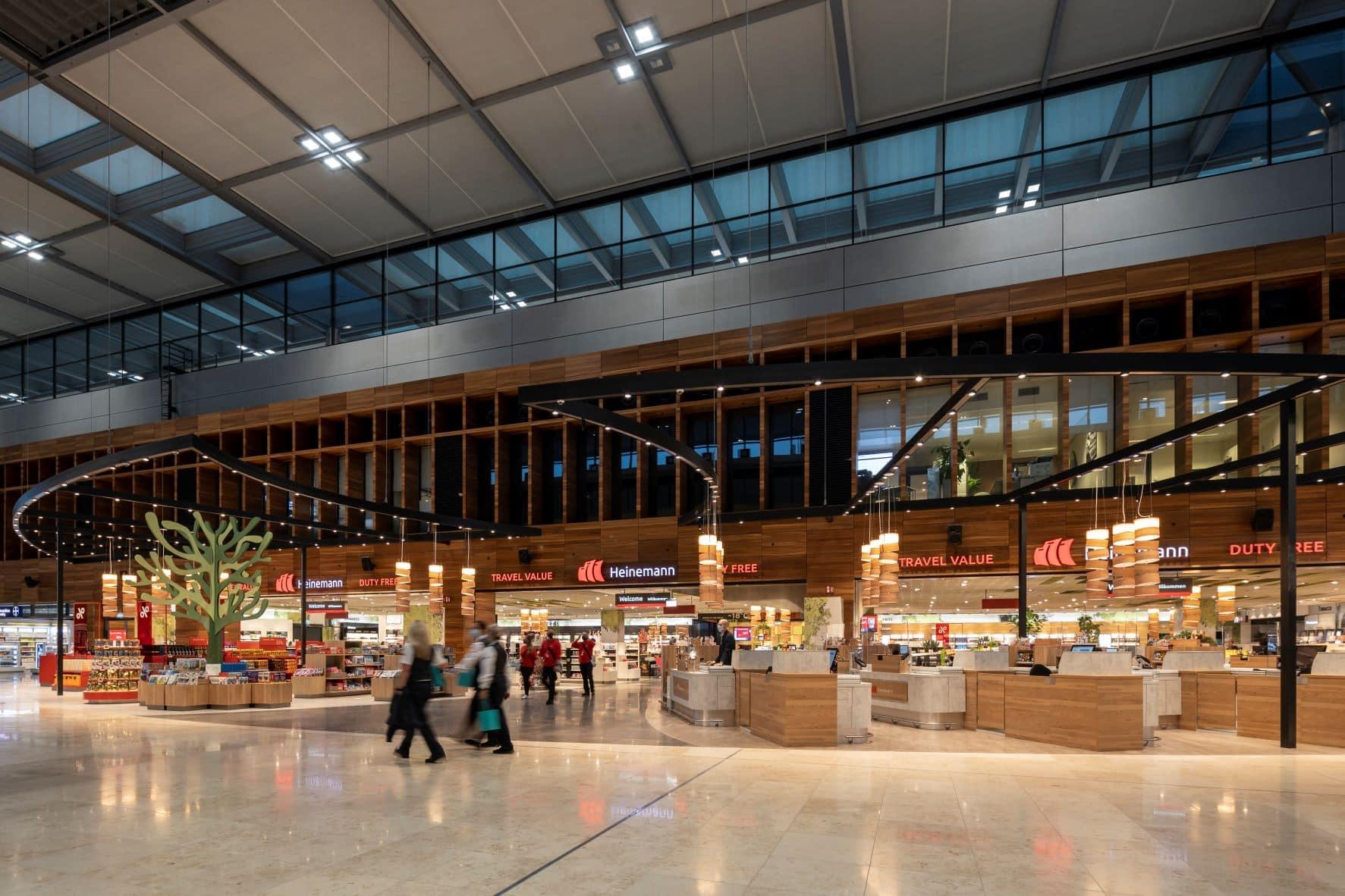 Heinemann-Airport-Shops im Flughafen Berlin
