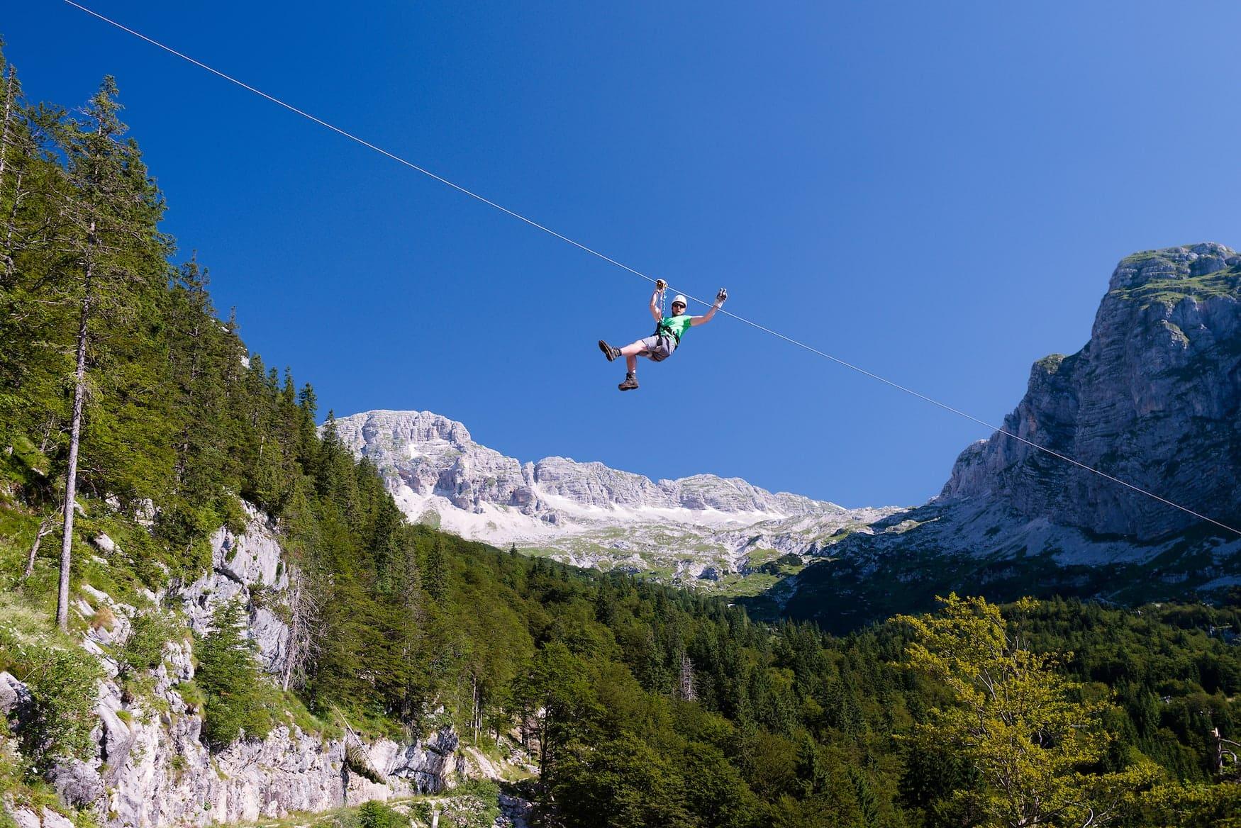 Action in Slowenien beim Ziplining in Bovec