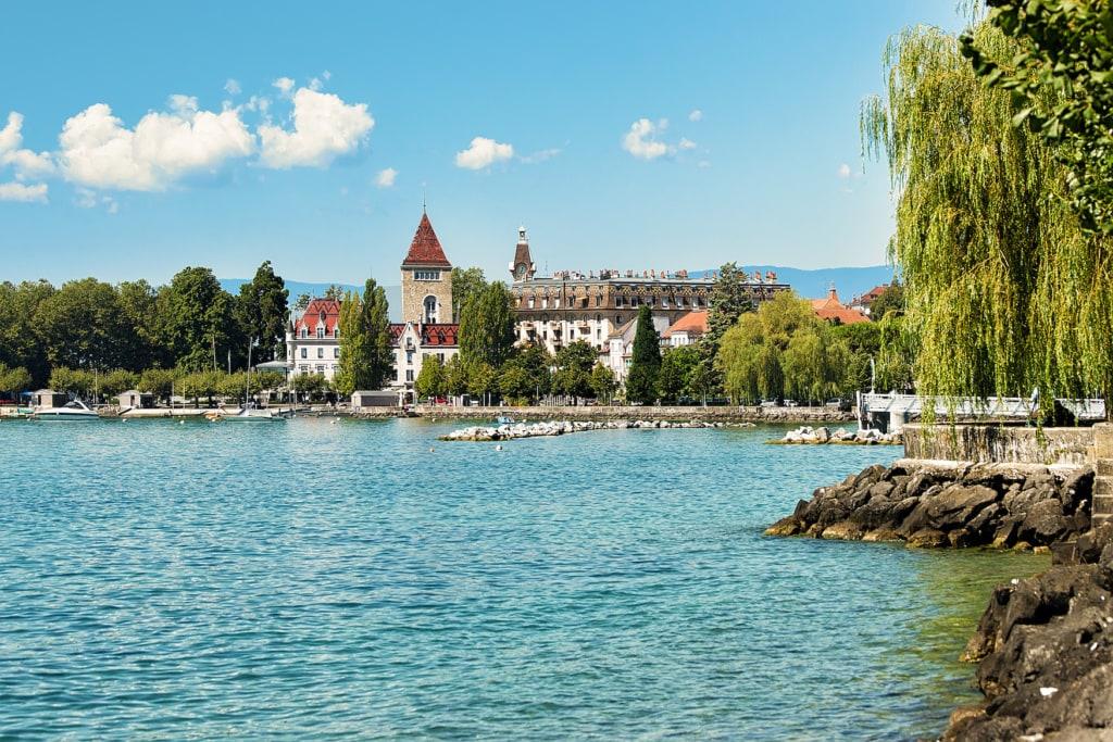 Chateau Ouchy an der Genfer Promenade, Lausanne, Schweiz