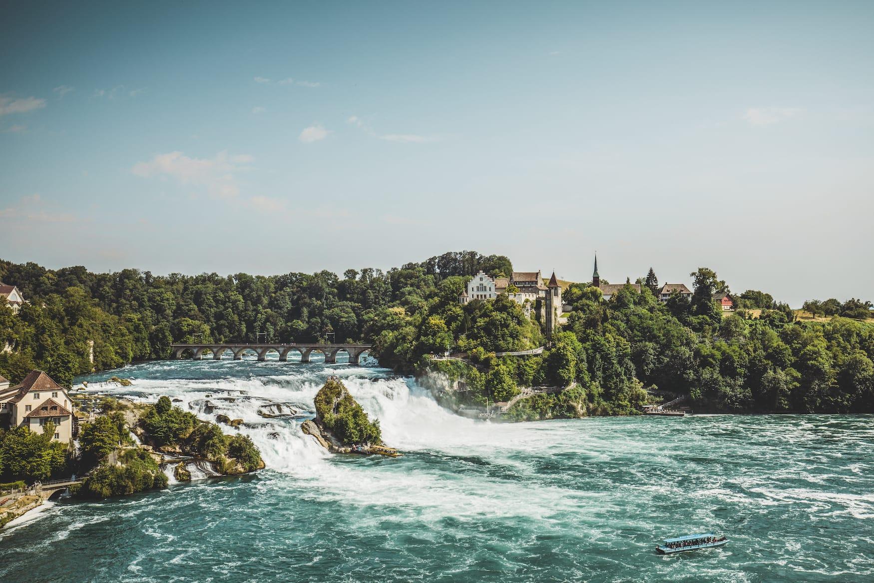 Ausblick auf den Rheinfall bei Neuhausen