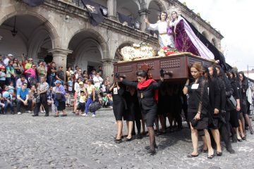 Osterfeiern: Prozession in Guatemala