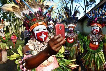Selfie in Papua-Neuguinea