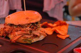 BBQ-Burger in einem Restaurant in Dallas