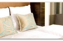 Doppelzimmer-Bett in einem Motel One